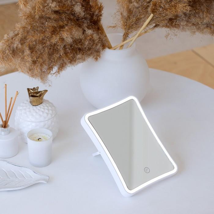 Зеркало LuazON KZ-03, подсветка, настольное, 13.5 × 18 × 2 см, 4хААА (не в комплекте)