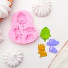 """Молд силиконовый 7,5×6,5 см """"Три принцессы"""""""