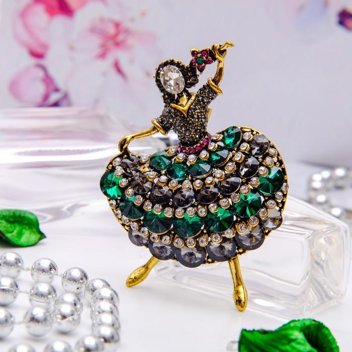 """Брошь спортивная """"Балерина баварская"""", цвет бело-зеленый в черненом золоте"""