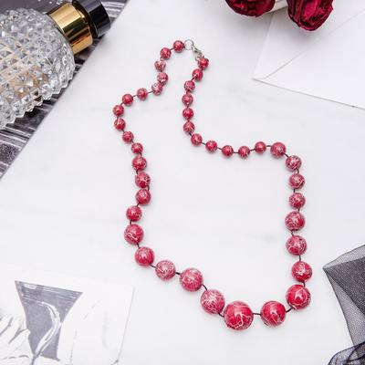 """Beads """"Classic"""" pattern, color red, 60 cm"""