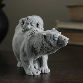 """Сувенир """"Медведица с медвежонком идет"""" 7,5см"""