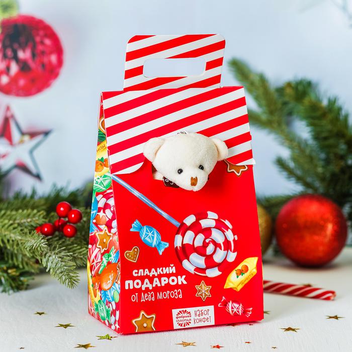 """Мягкая игрушка и конфеты """"Сладкий подарок от Деда Мороза"""", 300 г"""