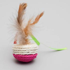 Игрушка-неваляшка из сизаля с перьями и лентами, 5,3 х 9,5 см, микс цветов - быстрая доставка