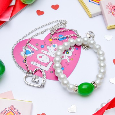 Set+postcard 2-piece: pendant, bracelet, Carolina classic, color white-green in silver, 40cm