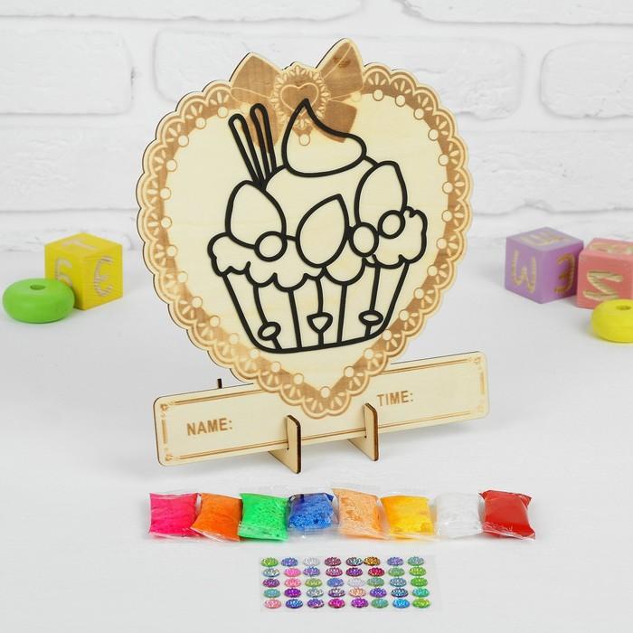 Аппликация шариковым пластилином в форме сердца «Пироженка» 8 цветов по 4 г, подставка