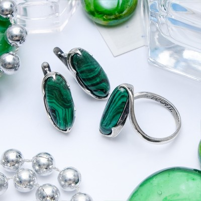 """Гарнитур посеребрение 2 предмета: серьги, кольцо, волны """"Малахит"""", 18 размер"""