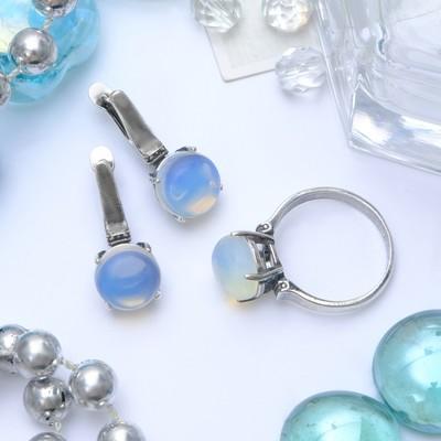 """Гарнитур посеребрение 2 предмета: серьги, кольцо, росинка """"Лунный камень"""", 19 размер"""