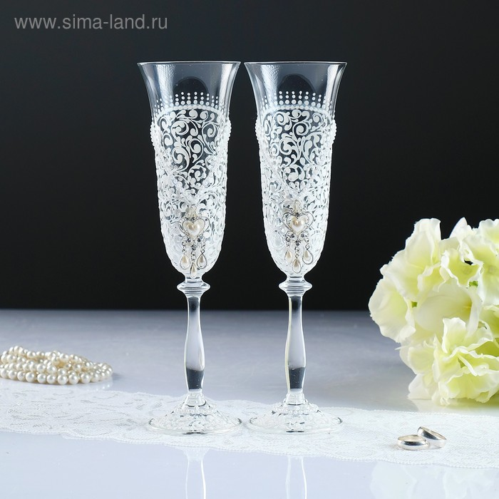 Бокалы свадебные, набор 2 шт, цвет белый