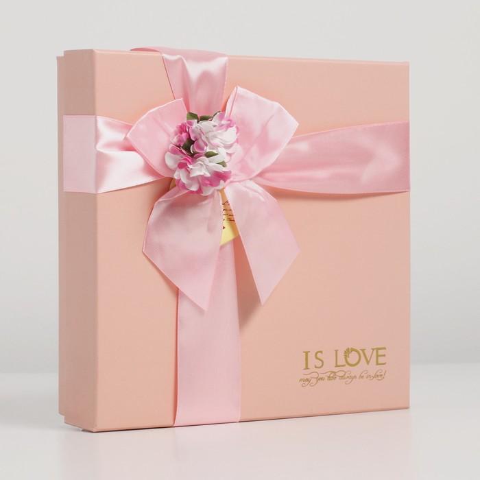 Коробка подарочная 20 х 20 х 5 см - фото 8876869
