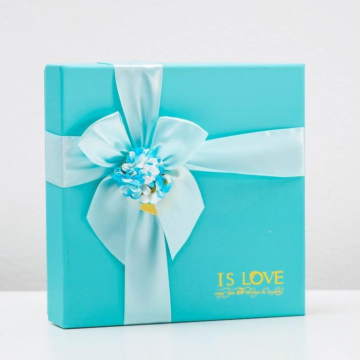Коробка подарочная 20 х 20 х 5 см - фото 8876873