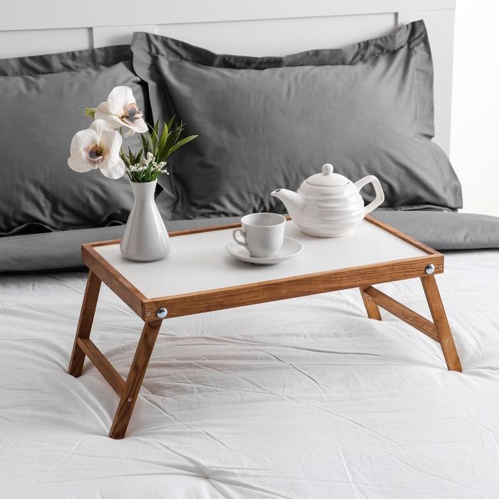 """Столик для завтрака """"Ренессанс"""", 50 х 30 см, массив ясеня, цвет итальянский оре х"""