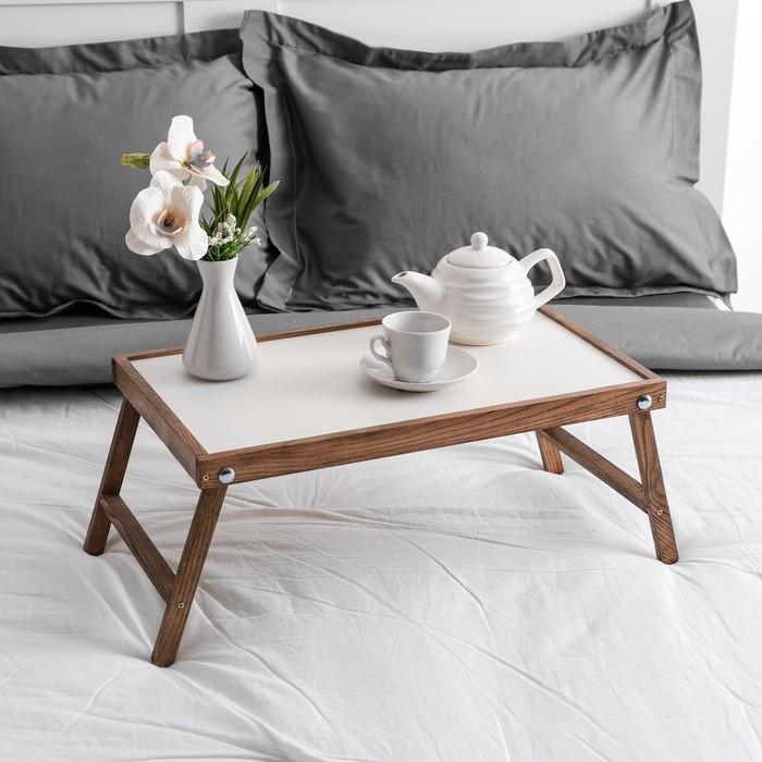 """Столик для завтрака """"Ренессанс"""", 50 х 30 см, массив ясеня, цвет темный оре х"""