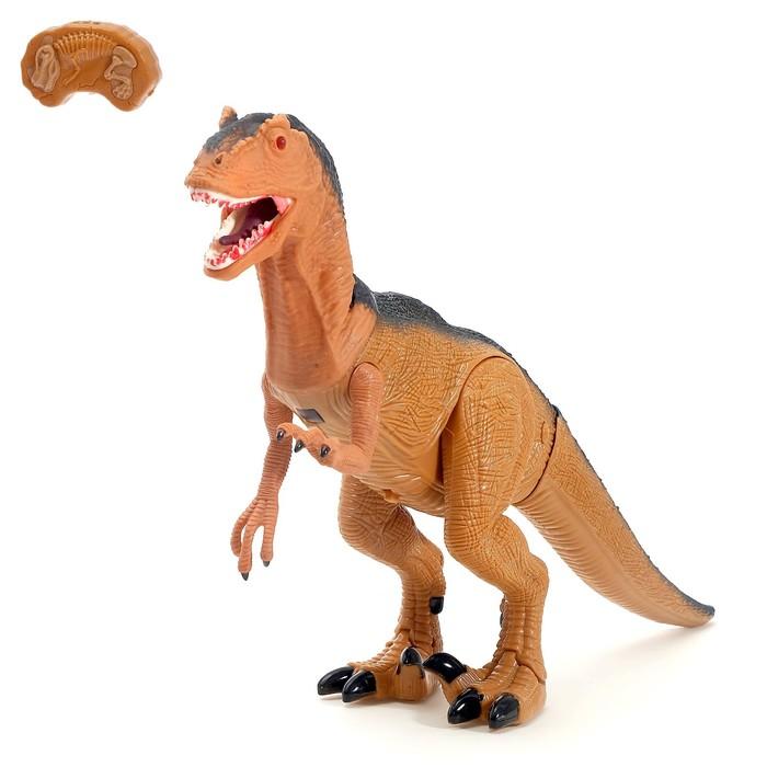 """Животное радиоуправляемое """"Динозавр"""", световые и звуковые эффекты, в пакете 4137303"""