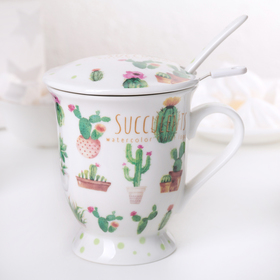 """Mug 350 ml """"Cacti"""" with a sifter, spoon and lid, pattern MIX"""