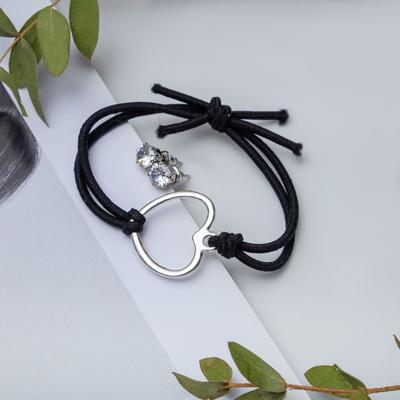 "Set of 2 pieces: a bracelet, ear studs set ""Modern"" heart, color black silver"