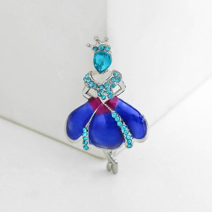 """Брошь спортивная """"Балерина"""" актриса, цвет сине-голубой в серебре"""