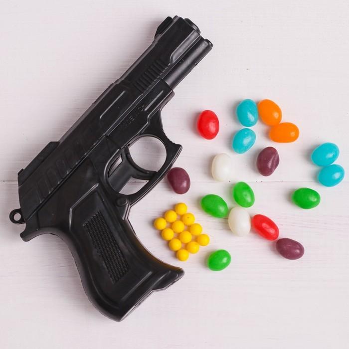 Набор «Для смелого защитника»: пистолет с пульками, конфеты 20 г