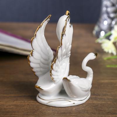 """Сувенир """"Лебединые танцы"""" белый с золотом 12,5 см"""