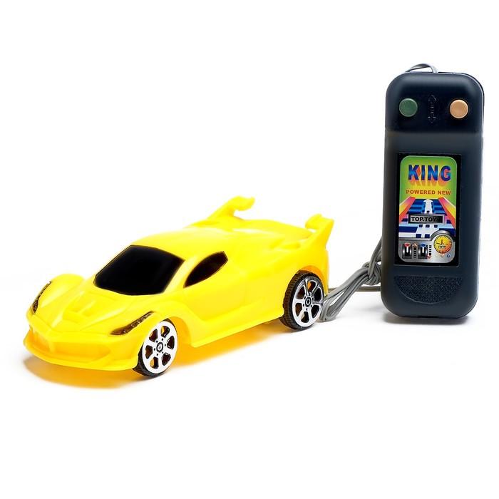 Машина «Спорткар», на дистанционном управлении, работает от батареек, цвета МИКС