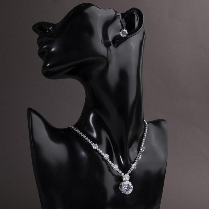 """Набор 2 предмета: серьги, колье """"Элит"""" капля яркая, цвет белый в серебре, 36 см"""