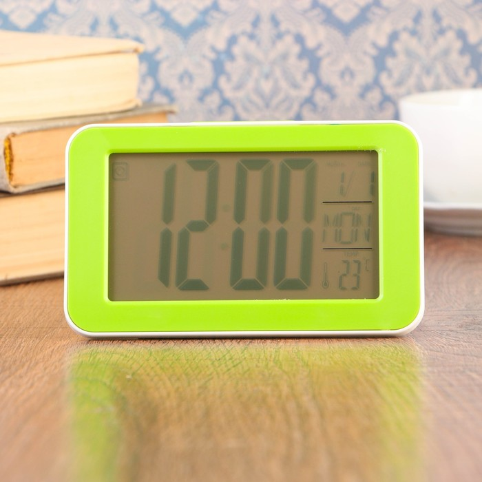 Часы-будильник электронные, с подсветкой, температура, дата, батарея 2ААА, 14×3×9 см, МИКС