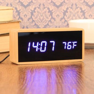 Часы-будильник электронные, с подсветкой, дата, сиреневые  цифры, 4ААА, 15×4×7 см