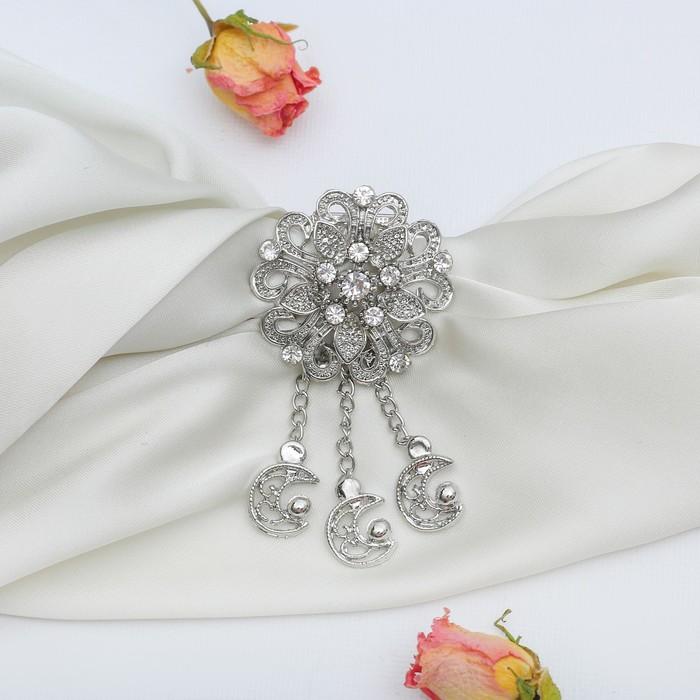 """Зажим для платка """"Цветок лунный"""", цвет белый в серебре"""