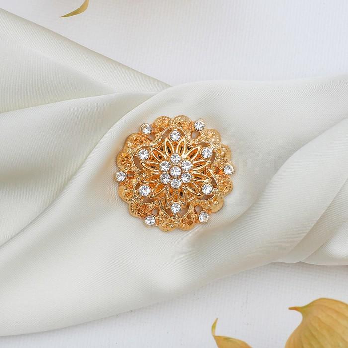"""Магнит для платка """"Цветок"""" королевы, цвет белый в золоте"""