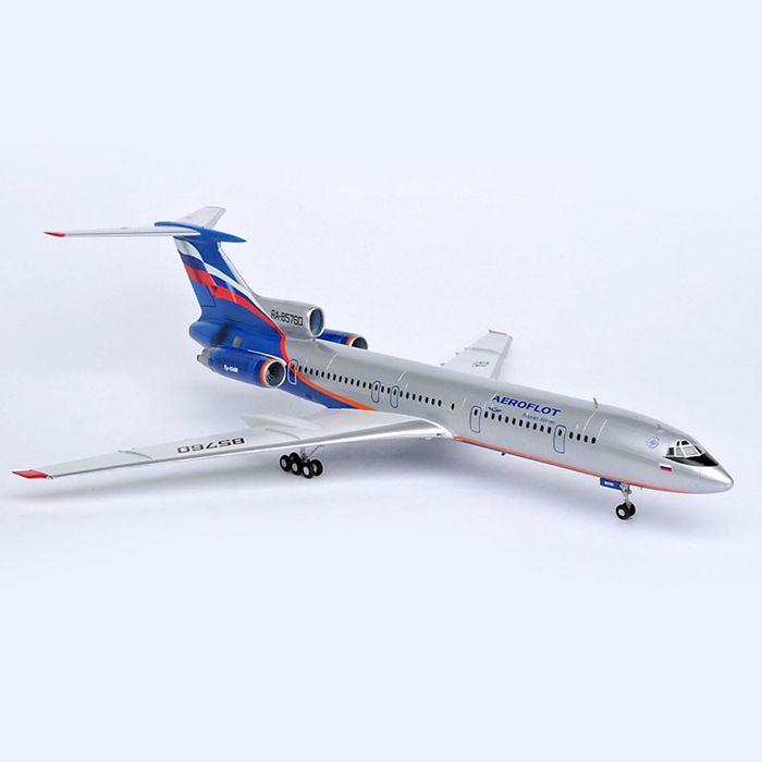 """Сборная модель """"Пассажирский самолёт Ту-154М"""""""