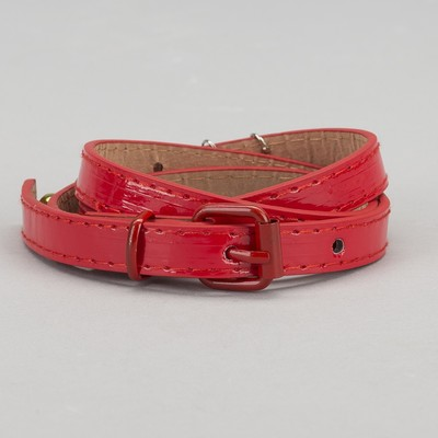 Strap baby Dolly, lacquer, buckle and yoke in the color of the belt, width 1.5 cm, color red