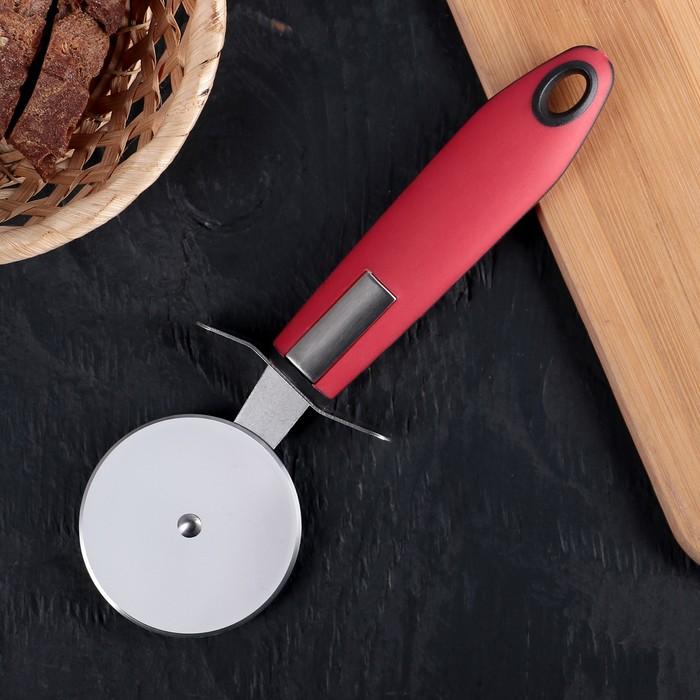 """Нож для пиццы 21 см """"Трипл"""", ручка soft-touch, цвет красный - фото 130083665"""