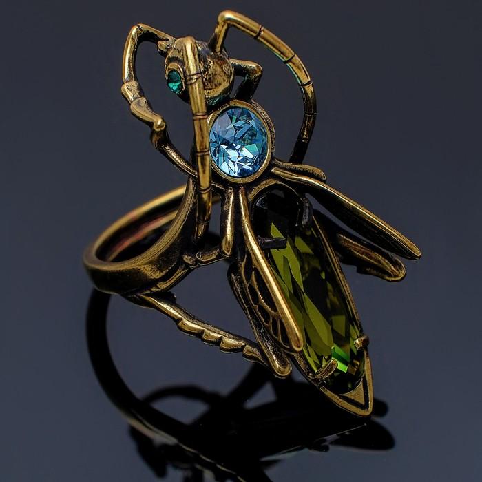 """Кольцо """"Кузнечик"""", размер 19, цвет зелёный в бронзе"""
