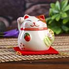 """Сувенир кот копилка керамика """"Манэки-нэко с мешком на подушке"""" 6,5х7,5х6,3 см"""