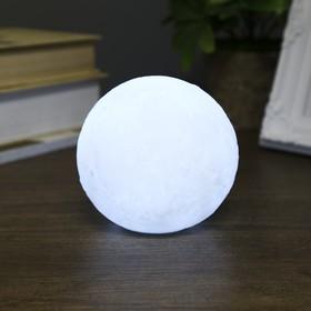 """Ночник пластик """"Луна белая средняя"""" от бат 3LR44 в компл 10х10х9 см"""