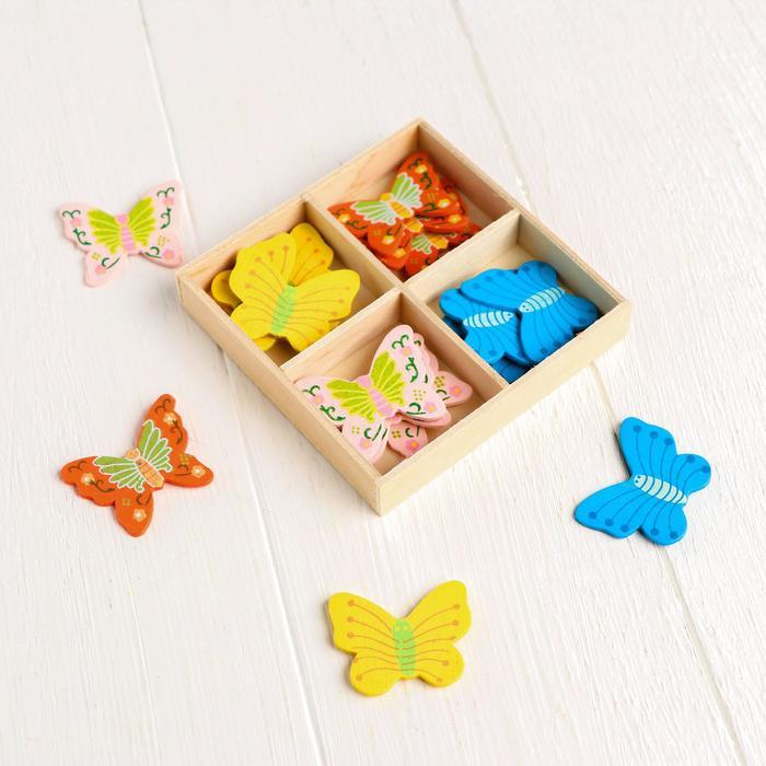 """Наклейки декоративные """"Бабочки: 3 × 4 см"""" 20 шт., в деревянной коробочке"""