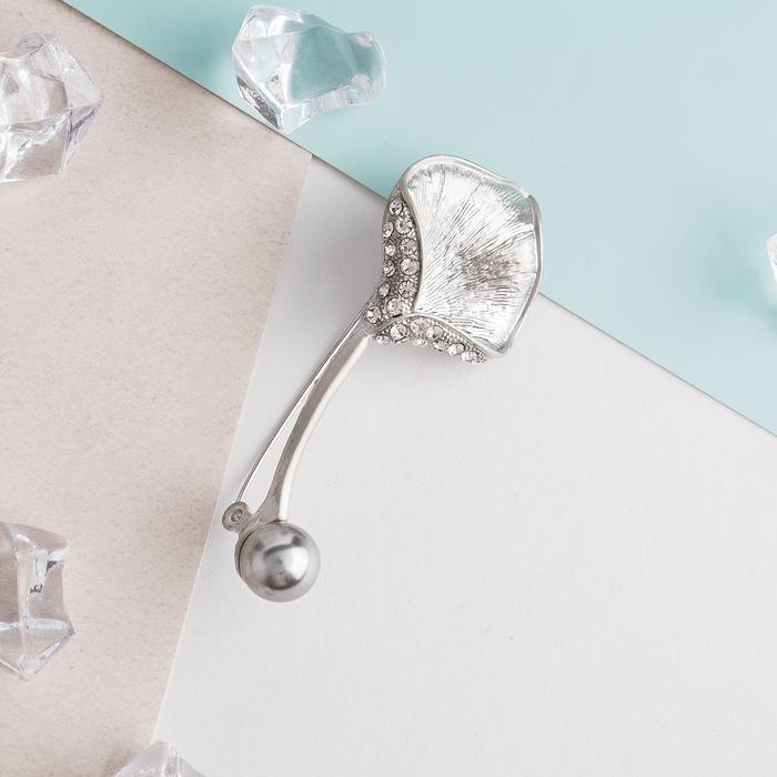 """Булавка """"Цветок калла"""" с бусиной 6,7см, цвет бело-серый в серебре - фото 329125909"""