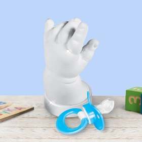 Слепок ручки малыша 3Д из гипса