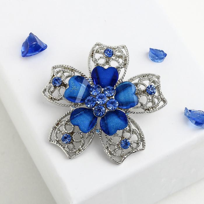 """Брошь """"Цветок"""" с сердечками, цвет синий в серебре"""
