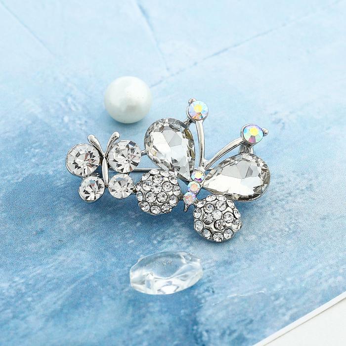 """Брошь """"Бабочки"""" малышки, цвет белый в серебре"""