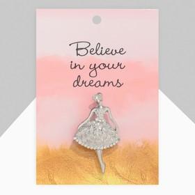 """Брошь """"Балерина"""" женственная, цвет белый в серебре - фото 7383103"""