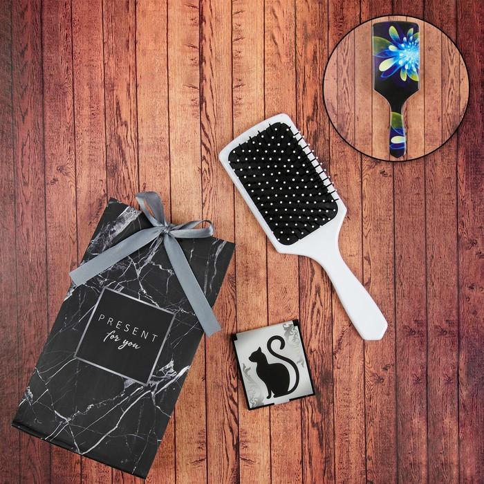 Подарочный набор «Лунный цветок», 2 предмета: расчёска, зеркало, цвет белый/МИКС