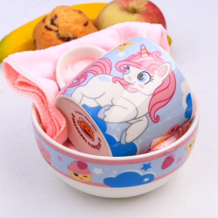 """Набор детской посуды """"Сладкоежка"""", кружка 250 мл, тарелка глубокая 13 см, полотенце 30 х 30 см"""
