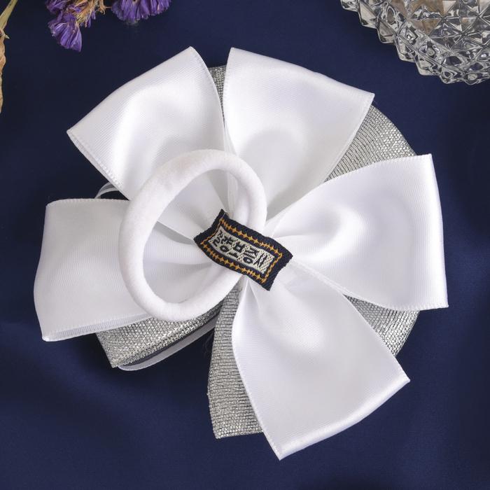 Резинка для волос «Школьница» с бантом (10 см), декор жемчужины, серебро - фото 297941772