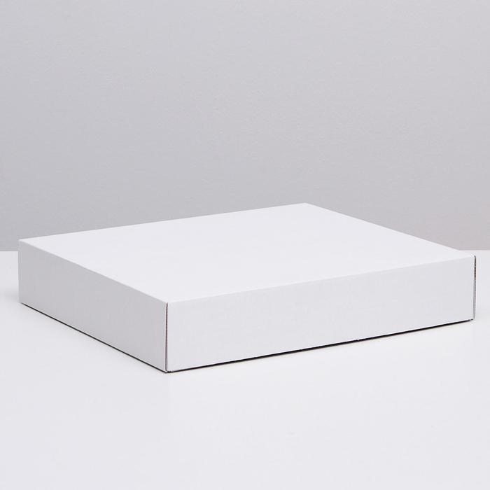 Коробка сборная без печати крышка-дно белая без окна 37 х 32 х 7 см