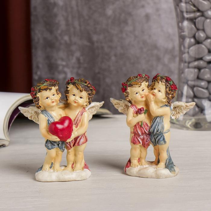 """Сувенир полистоун """"Ангелочки в веночках с розами с сердцем/розой"""" МИКС 9х8х3,5 см"""