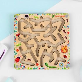 Лабиринт с шариком «Жучки и паучки» 10 × 10 см