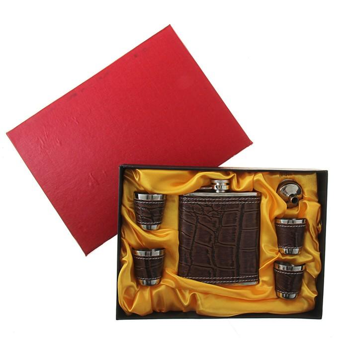Подарочный набор 6 в 1 Wood: фляжка 240 мл + 4 рюмки, воронка