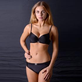 Купальник женский раздельный, цвет чёрный, размер 46