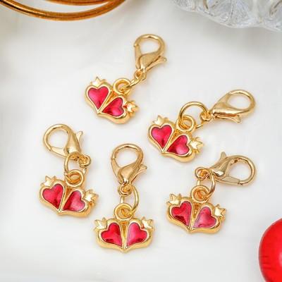 """Шарм """"Сердца"""", цвет красный в золоте"""