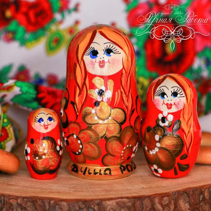 Матрёшка 3-х кукольная «Душа России» (красная), 11 см